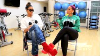 Rihanna Video - Ciara Breaks Down the Beef with Rihanna!  [BEST INTERVIEW]