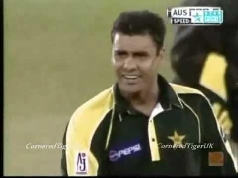 Waqar Younis Vs Brett Lee