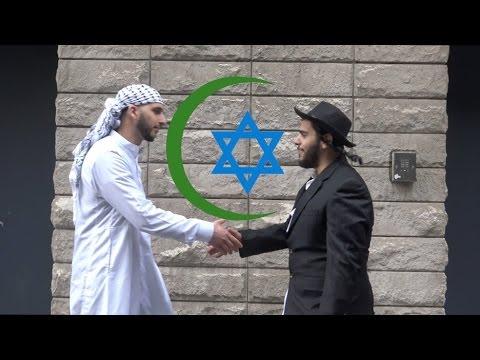 """فيديو: """"مسلم ويهودي"""" يستفزان المارة في شوارع نيويورك"""
