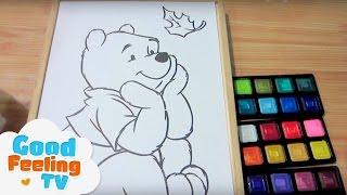Bé tập tô màu nước chú gấu xinh xắn