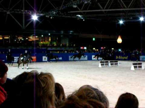 final act brittish police horses Jumping Amsterdam 25-1-2009