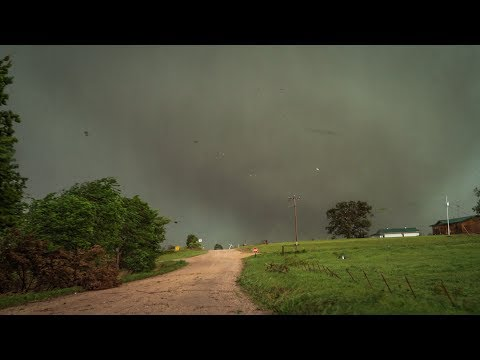 END OF THE WORLD TORNADO UP CLOSE - Sulphur Oklahoma Raw Footage May 9, 2016