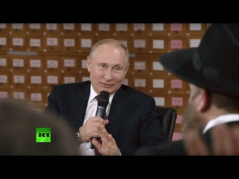 Путин на встрече с представителями общественности Республики Крым и Севастополя