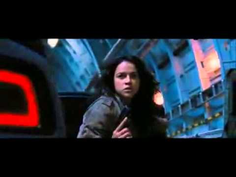 Michelle Rodriguez and Gina Carano fight scene