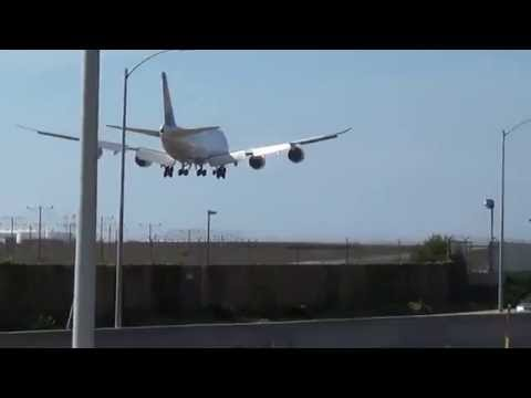 Lufthansa Boeing 747-830 (D-ABYP) Landing in Los Angeles International Airport.