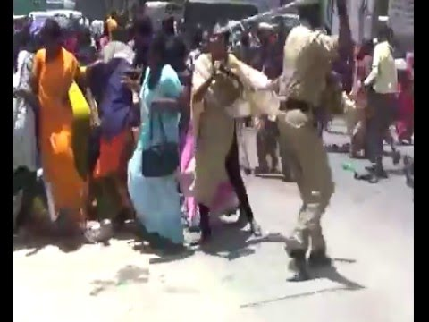 MASSIVE PROTEST IN HOSUR ROAD, BANNERGHATTA ROAD IN BENGALURU