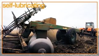 Dirt and dust resistant bearings and bushings for agriculture and heavy duty