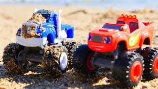 Camiones Monstruos en la playa Coches para nios