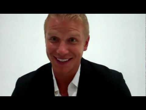"Sean Lowe at the ""Bachelorette"" Men Tell All taping"