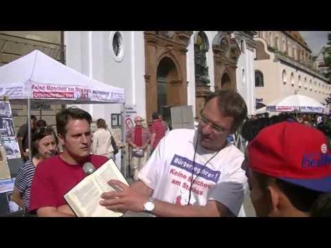 13 08 2013  DF Kundgebung am Marienplatz - Moslem in München: