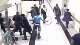 Hastane Içindeki Bıçaklama Anı Kamerada