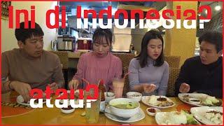 Cewe Korea coba makanan Indonesia untuk pertama kali!