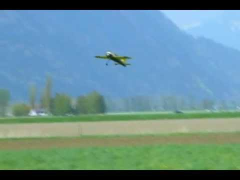 Flying the Extreme Yak 54