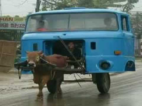 Youtube - Funny Urdu Poem For Kids - Vicky Ki Car.flv video