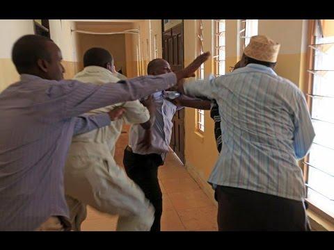 Kulanki Baarlamaanka Somalia  Oo BuuQ & Dagaal Ku Dhamaaday | Mooshin  MAYA ayaa Xoogbadatay!