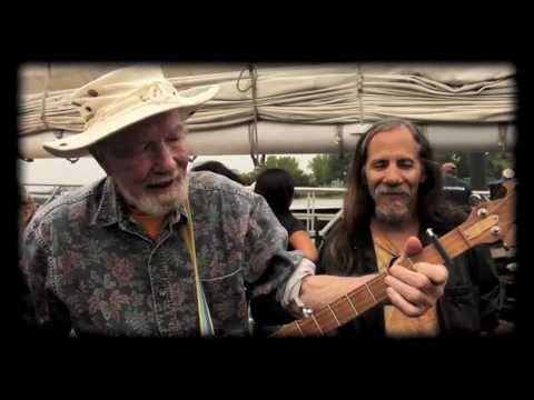 Sailin' Up, Sailin' Down - Pete Seeger (Banjo), Lorre Wyatt&Friends live on The Clearwater