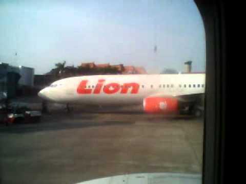 Foto Dalam Pesawat Lion Air di Dalam Kabin Lion Air