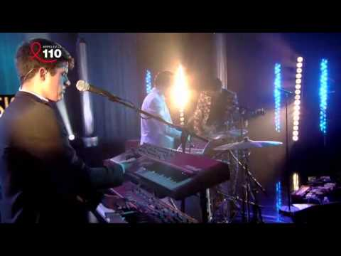 Mini Mansions ft. Alex Turner - Vertigo live @ l'Album de la Semaine