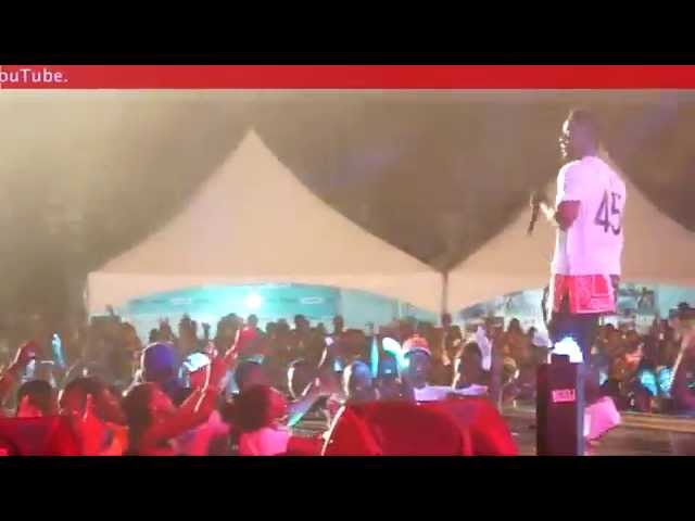 Sarkodie - Pays homeage to Shatta Wale @ Rexona Do More party concert | GhanaMusic.com Video