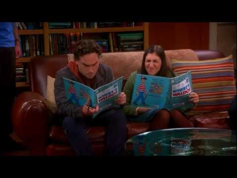 The Big Bang Theory - Penny And Amy Kissing Sheldon