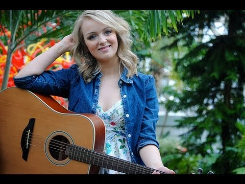 Hey (Original Song) - Meredith Zahn