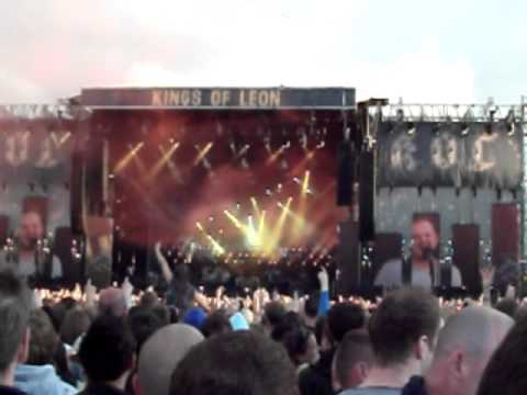 Kings of Leon - Old Trafford Cricket Ground 2011 thumbnail