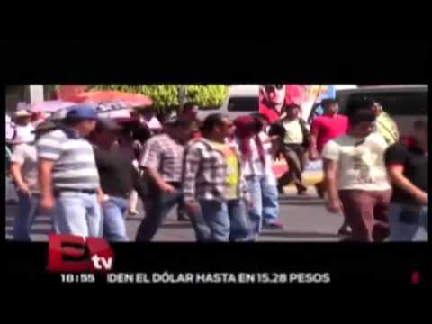 Maestros de la CNTE protestaron afuera de la sede de la Policía Federal en Chilpancingo:Nacional