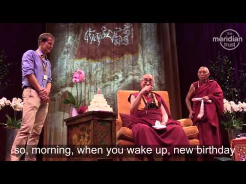 The Dalai Lama shares Birthday cake created by 'Bake Off' contestant Ian Cumming