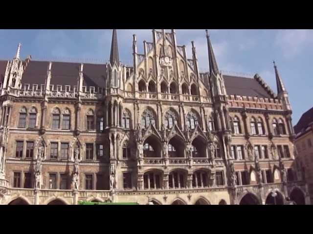 New Rathaus (City Hall), Marienplatz in Germany
