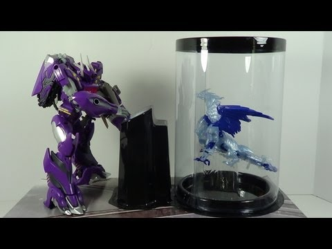 Transformers SDCC 2013 Exclusive Shockwave and Predaking Beast Hunters Figure Review