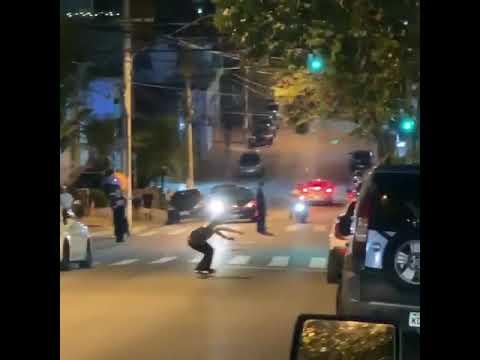 Holy Fuck! @miltonmartinez is a madman for this! 🎥: @zeredbassett | Shralpin Skateboarding