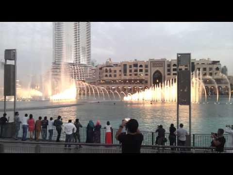 Dubai fountain near Burj-Khalifa