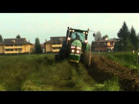 JOHN DEERE / FENDT liquamatura e aratura 2016|Gomiero farm