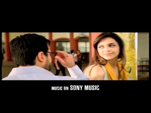 Aarakshan - Accha Lagta Hai with Deepika Padukone & Saif Ali...