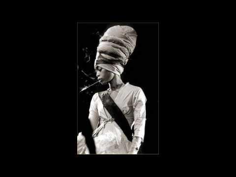 Erykah Badu - Southern Girl