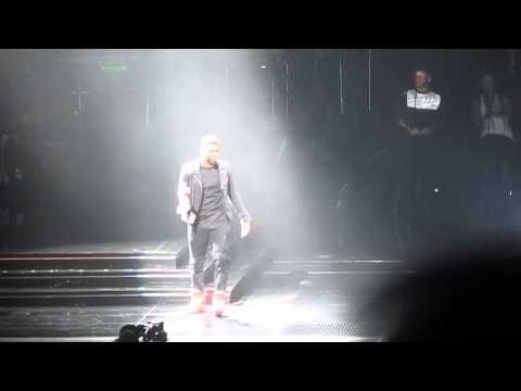 Usher Concert Opening- Montreal Nov 1 2014