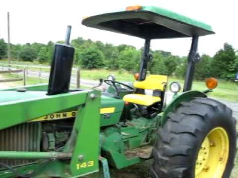 John Deere 2240 Tractor with Loader