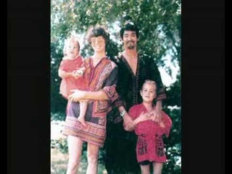 Bruce Lee Family Photos