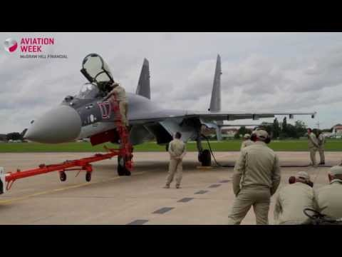 Paris Air Show 2013: Sukhoi Su-35S