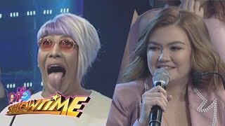 It's Showtime: Angelica Panganiban and Vice Ganda face each other in 'Petmalu Lodi'