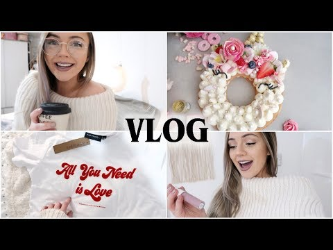 VLOG - MAKING A UNICORN NUMBER CAKE + MINI TOPSHOP HAUL | Naomi Victoria