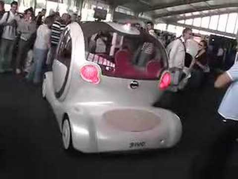 Nissan Pivo- this blew me skirt up !