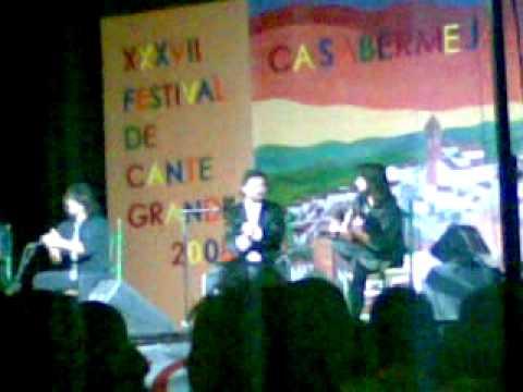 Miguel Poveda y Chicuelo(alegrias de cordoba,cantiñas ,alegrias y bulerias de cadiz)