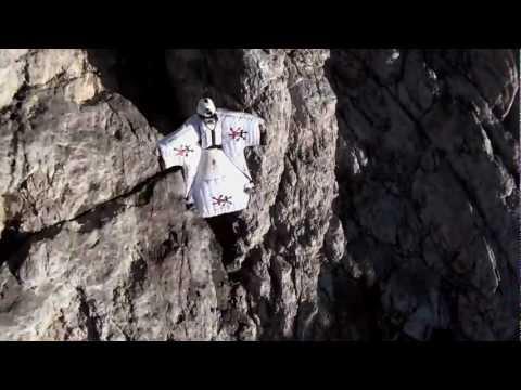 Turbolenza: Dolomites Wingsuit B.A.S.E. Tour