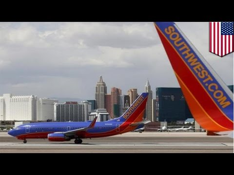 Southwest Airlines warns passengers to expect massive delays due to technical problems - TomoNews