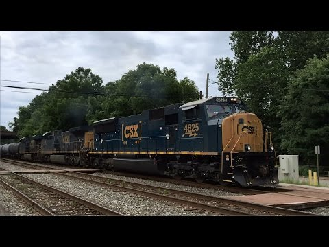 Q398 With SD70AC Leader