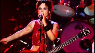 Download Lagu The Cranberries - Zombie (Live in Paris 1999) Gratis STAFABAND