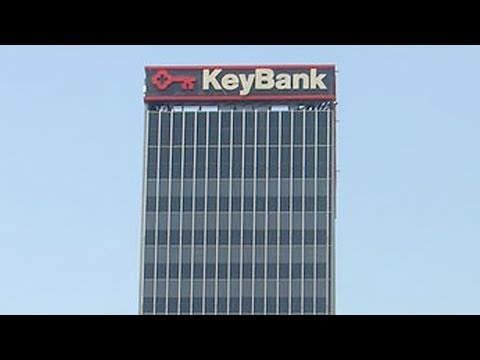 Jim Cramer and Stephanie Link on KeyCorp, U.S. Bancorp Downgrades