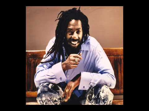 Buju Banton - Run Di Place