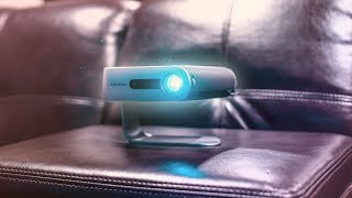 The Ultra Portable Projector // Viewsonic M1